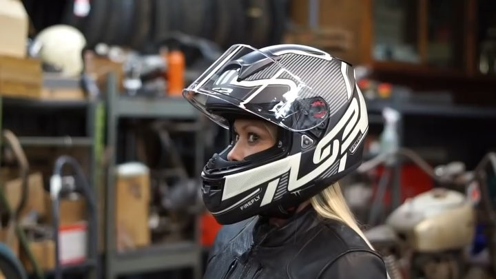 Top Rated 16 Women S Motorcycle Helmets 2018 Reviews Amp Guide
